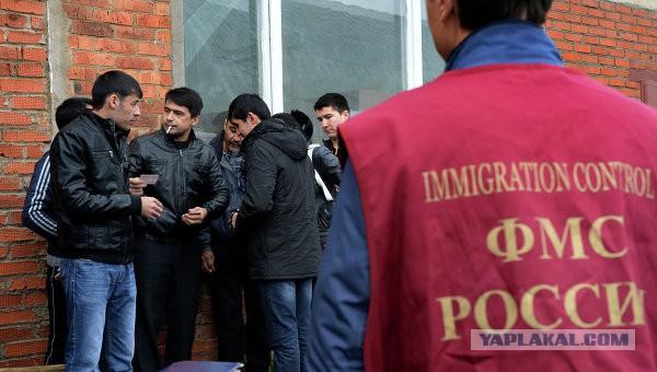 Таджики убеждены, что без мигрантов Россия превратится в кучу мусора