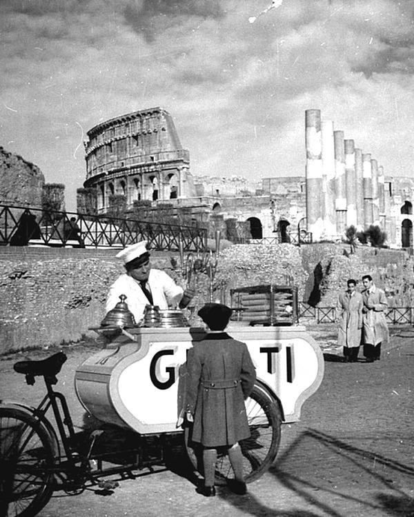 Мир прошлого и даже позапрошлого века на фотографиях