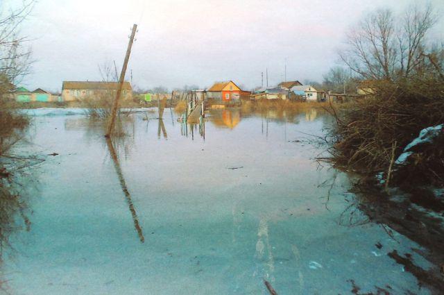 Других спас, себя утопил. Сельского главу судят за предотвращение паводка