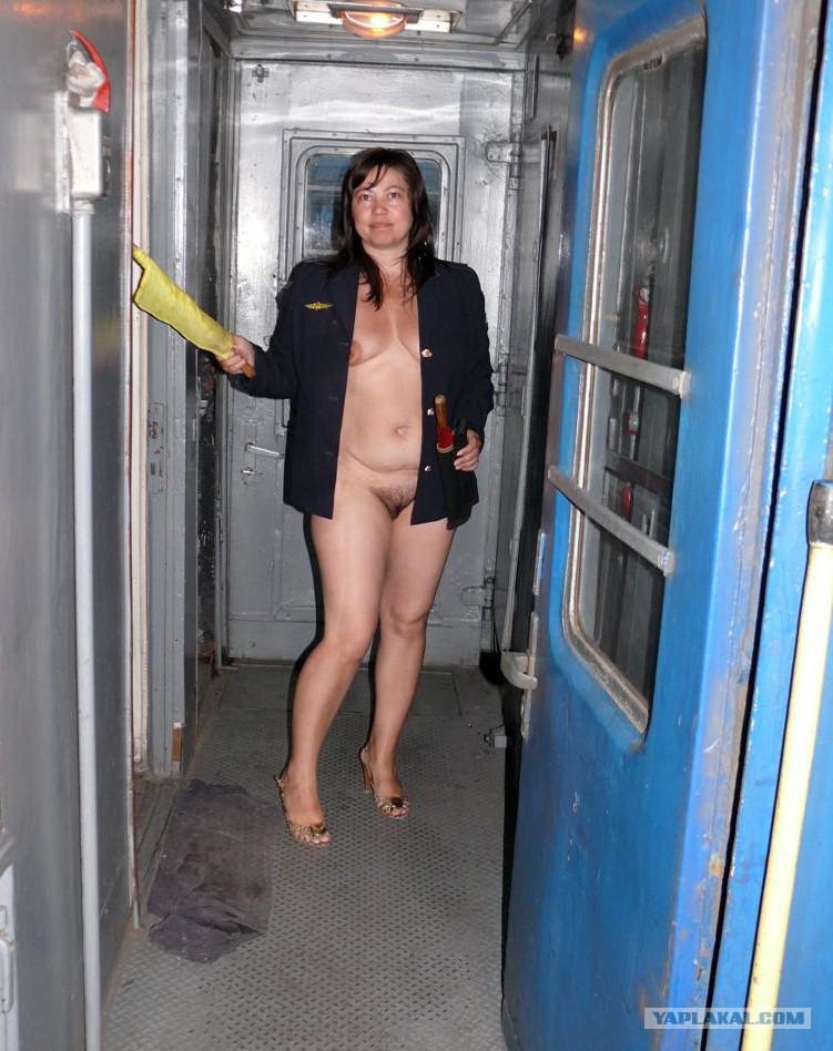 Секс в плацкарте смотреть 2 фотография