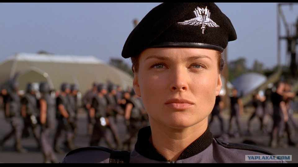 Starship troopers 2 sexe