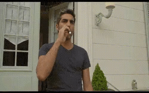 Когда только-только перешел с обычных сигарет на электронные