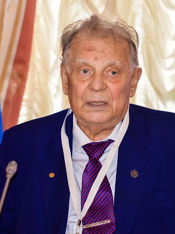 Скончался лауреат Нобелевской премии по физике Жорес Алфёров