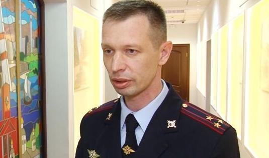 Главный инспектор МВДполучил травму дверью собственного кабинета