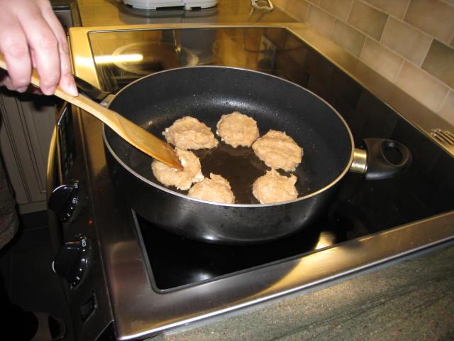 Как сделать котлеты на гамбургер