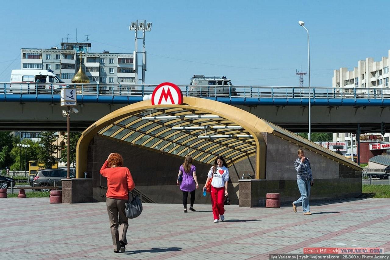 Секс в переходе в метро 1 фотография