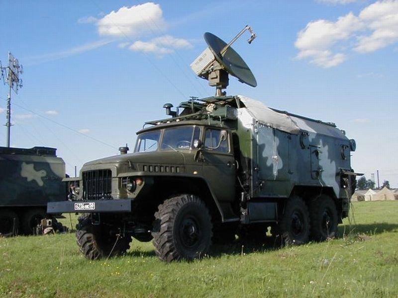 военной и специальной техники (ввст) поступит на вооружение войск связи западного военного