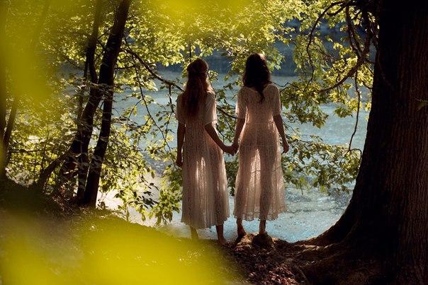 dve-podrugi-prelesti