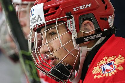 Сын миллиардера стал самым бесполезным хоккеистом сборной России
