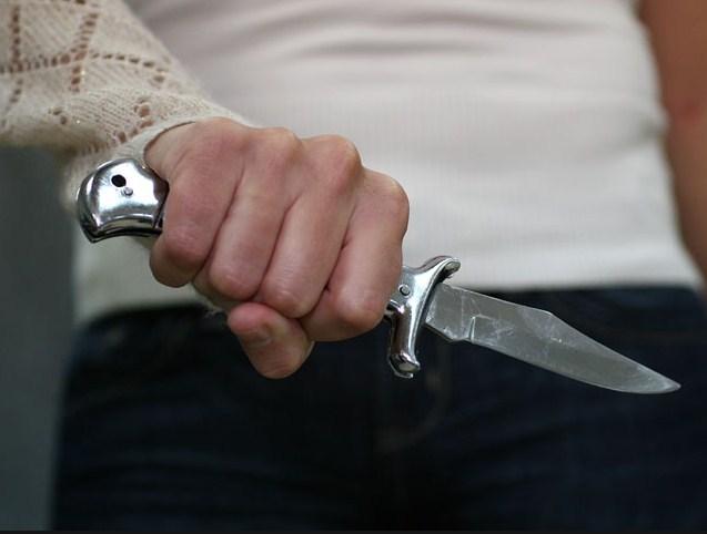 В Уфе подросток ранил двух сотрудниц магазина, чтобы посмотреть, как умирают