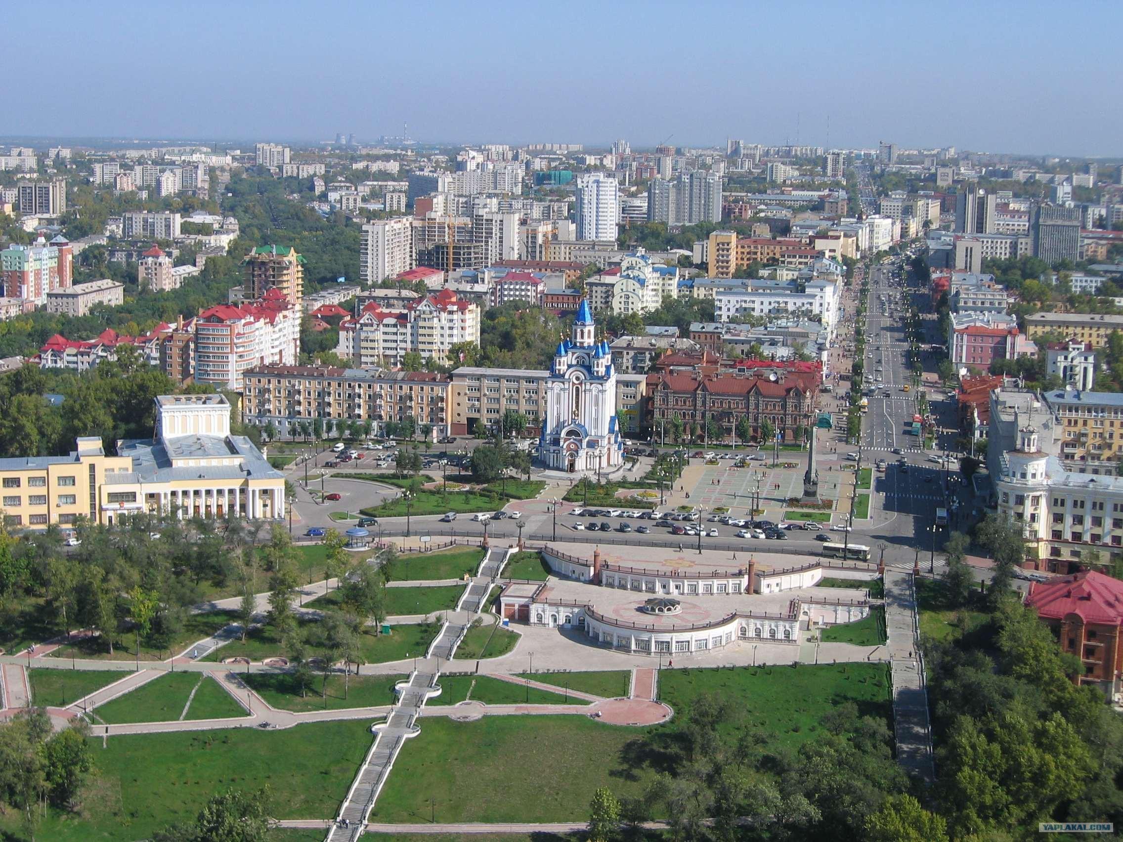 Ул шевченко, первая улица г хабаровска, памятник первостроителю города капитану дьяченко, набережная амура