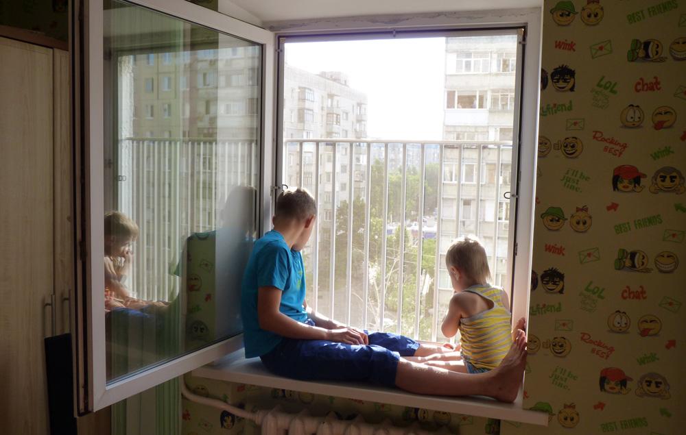 Решетки на балконные окна. пятигорск кмв. жми! metkon26.ru.