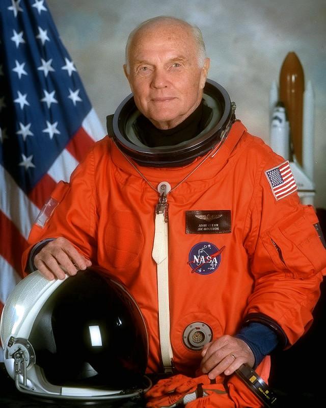 Скончался Джон Гленн,первый астронавт США, совершивший орбитальный космический полёт.