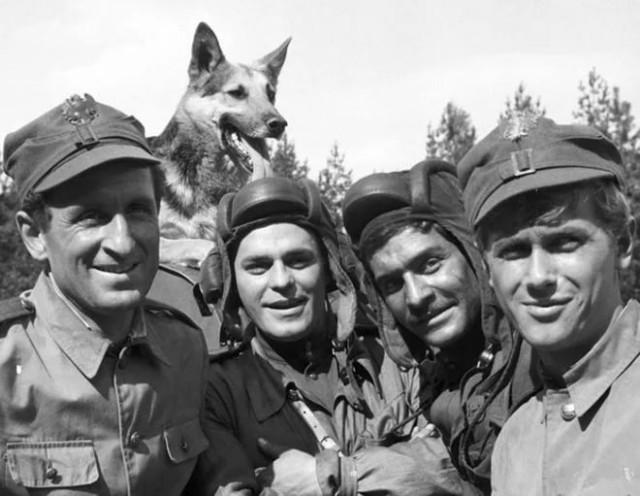"""Сериал """"Четыре танкиста и собака"""": как сложились судьбы актеров?"""