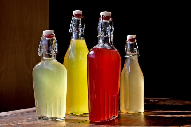 Алкогольные напитки на спирту в домашних условиях