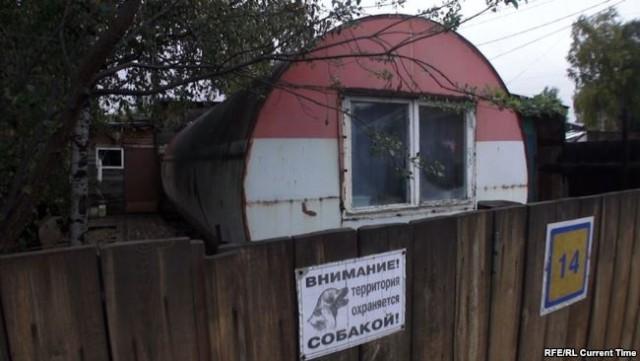 30 лет в бочках и вагонах: в каких условиях живут нефтяники времен СССР
