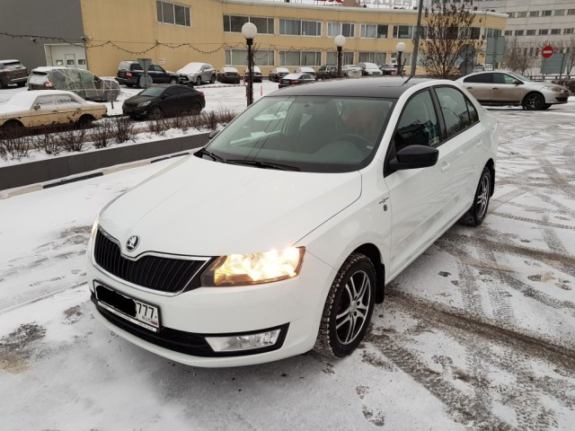 Продам Skoda Rapid 1.4T DSG Hockey Edition [Москва]