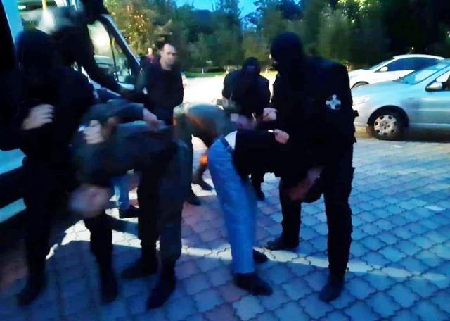 В Калининграде задержали всех, кто мыл ноги у собора Христа Спасителя