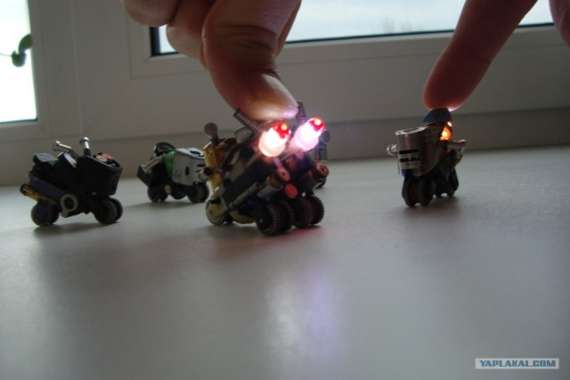 Мотоциклы из зажигалок.