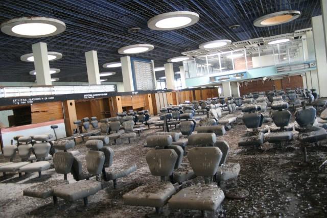 Небо, самолеты, безнадега: топ заброшенных аэропортов мира