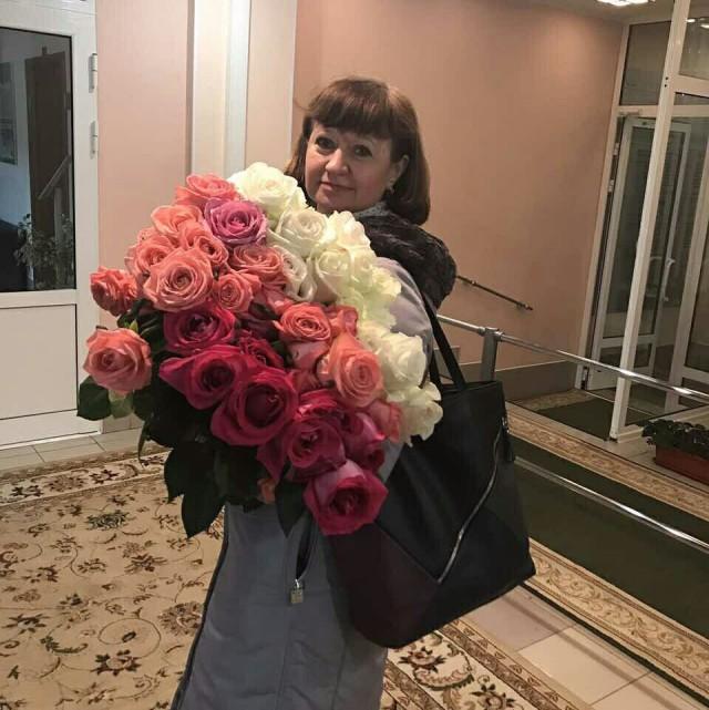 Ямальская чиновница уволилась, получила «золотой парашют» и снова вернулась на ту же работу