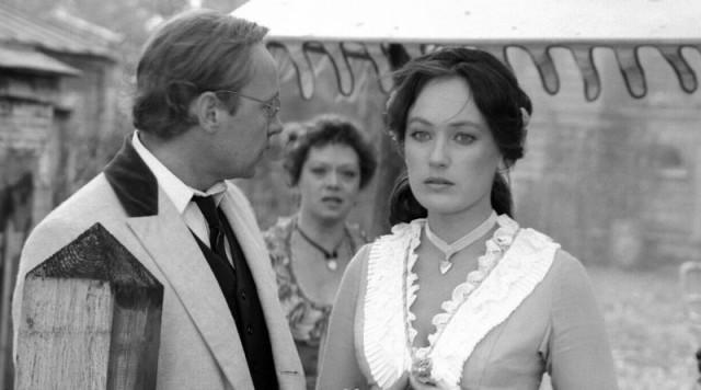 """История создания фильма """"Жестокий романс"""" (1984)"""