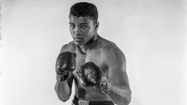 an introduction to the life of heavyewight title champion cassius marcellus clay Muhammad ali (born cassius marcellus clay jr january 17, 1942) is a retired american boxer and three-time world heavyweight champion, who is widely considered one of the greatest heavyweight championship boxers of all time.