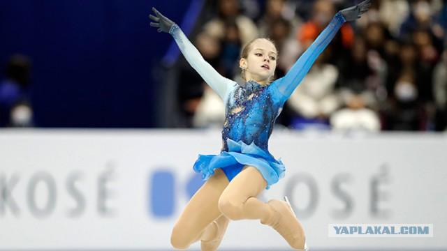 14-летняя российская фигуристка впервые в истории исполнила три четверных прыжка