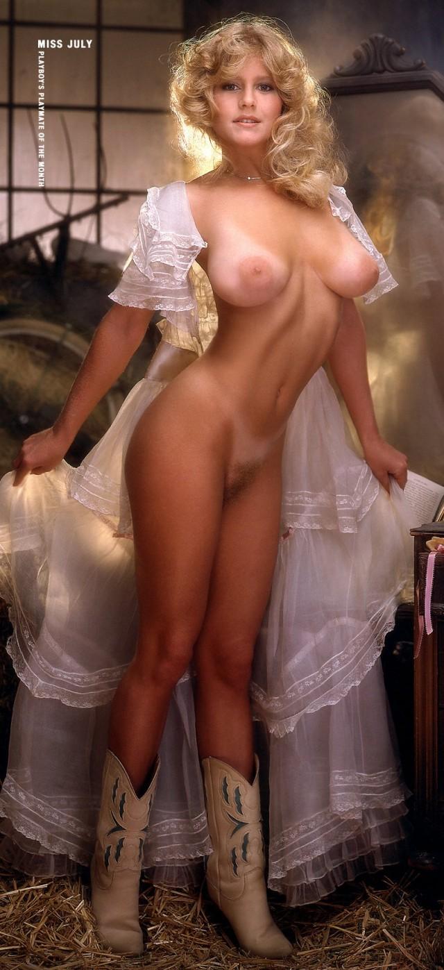 большая фото галерея голых девушек 80-х и 90-х годов