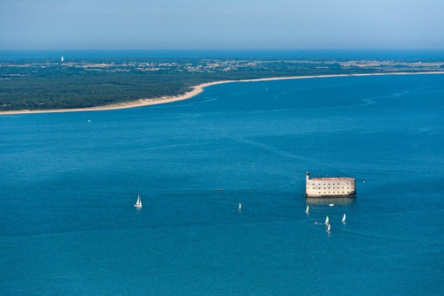 Форт Бойар: грандиозное творение Наполеона, которое сгодилось лишь для телевизионного шоу