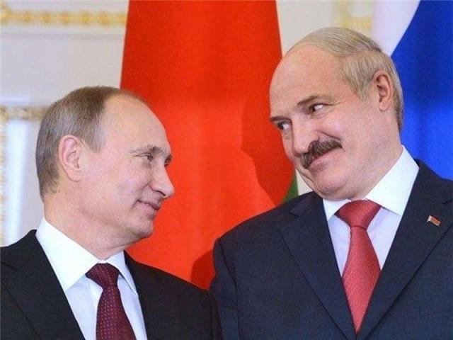 Путин сообщил о создании резерва из силовиков для помощи Лукашенко