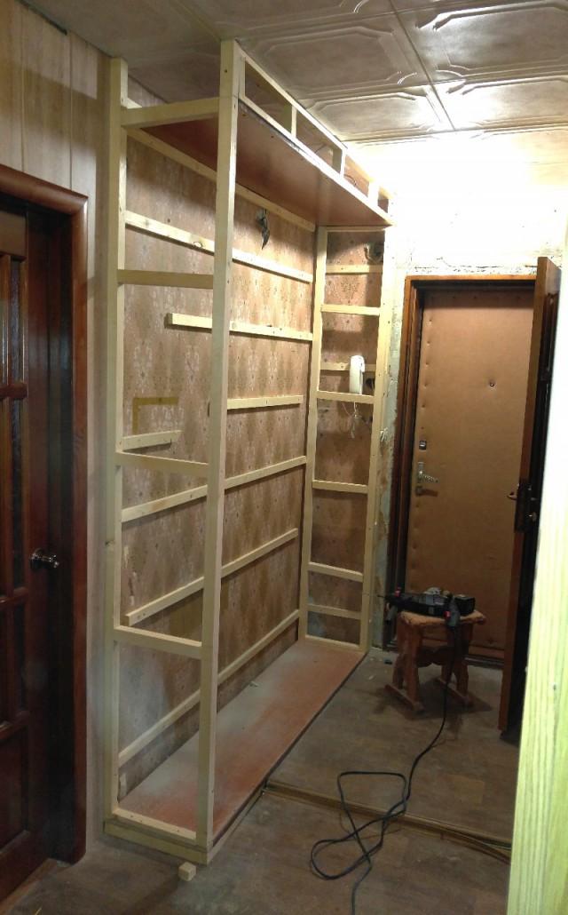 Как построить своими руками встроенный шкаф 8