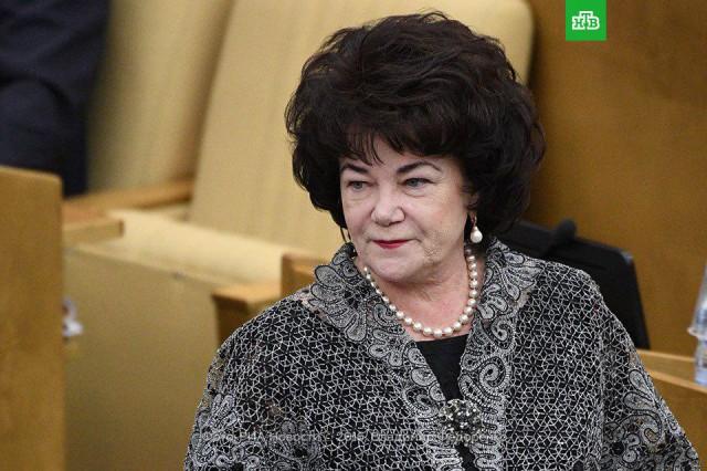 Глава комитета Госдумы по вопросам семьи, женщин и детей, заявила во время интервью, что геев надо лечить