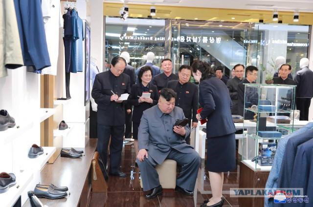 Ким Чен Ын посетил супермаркет. Расчехляйте фотошопы