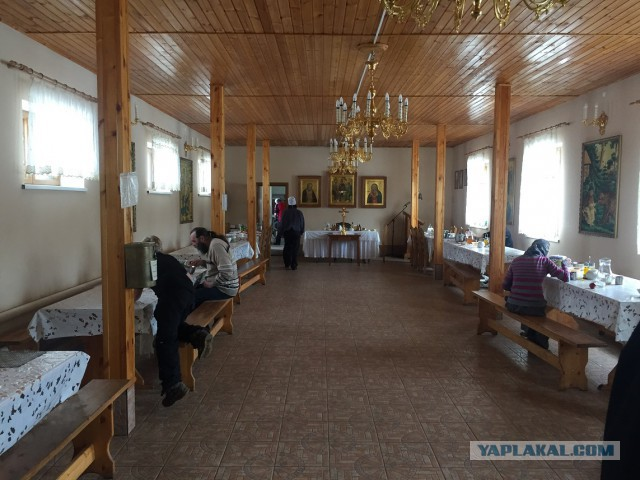 Как я в монастырь на праздники съездил