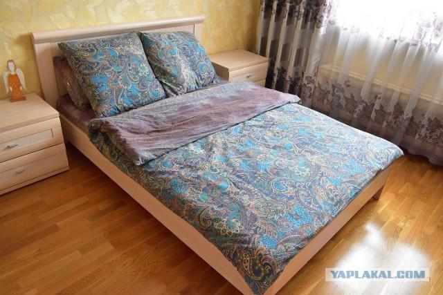 Кровать и 2 тумбочки Lazurit