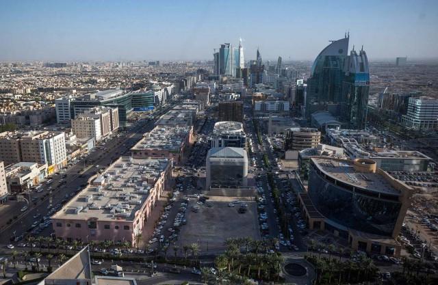 СМИ: По столице Саудовской Аравии нанесли ракетный удар