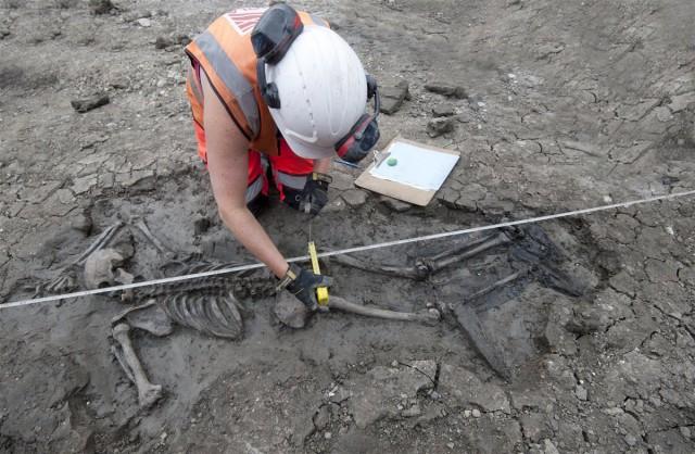 Пять веков на дне Темзы. Загадка скелета в сапогах. Мумии и скелеты. 46