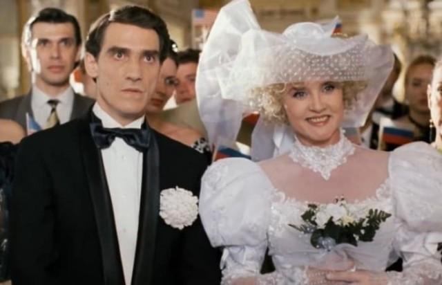 За кадром «Ширли-Мырли»: курьезы самого странного фильма 1990-х