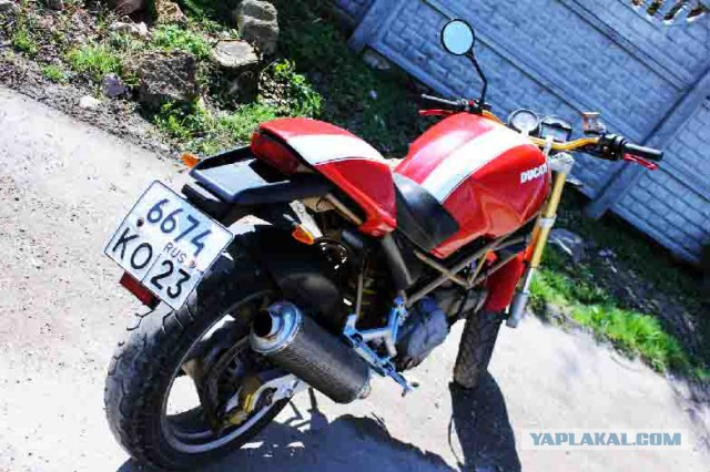 Продам мотоциклет Ducati Monster M400 1998