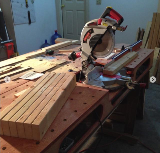 Строим стеллаж для пиломатериалов