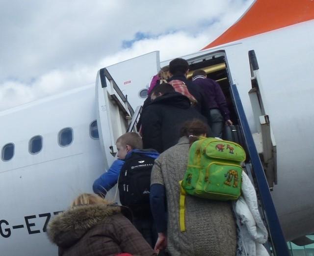 «Победа» проиграла в деле о рюкзаках в салонах самолётов: пассажиры смогут брать их с собой в дополнение к ручной клади