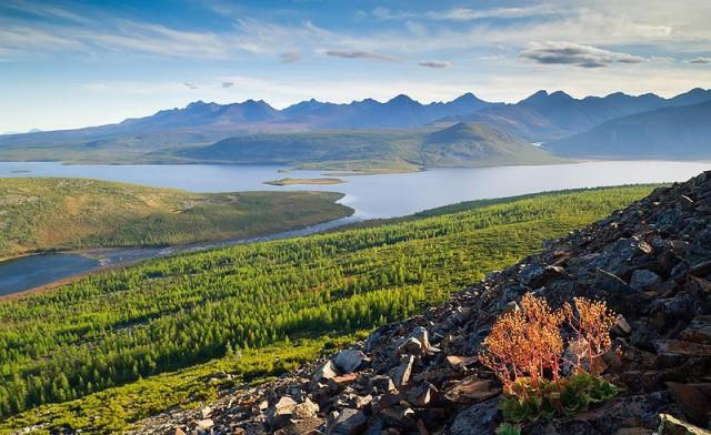 Озеро Джека Лондона: где находится один из красивейших водоемов России