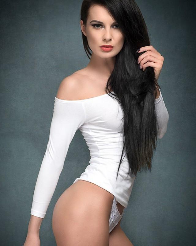 Люблю я женщин в белом...