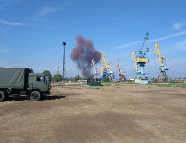 Три человека погибли при взрыве на заводе под Волгоградом