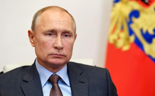 Путин призвал чиновников не выставлять напоказ свое благосостояние.
