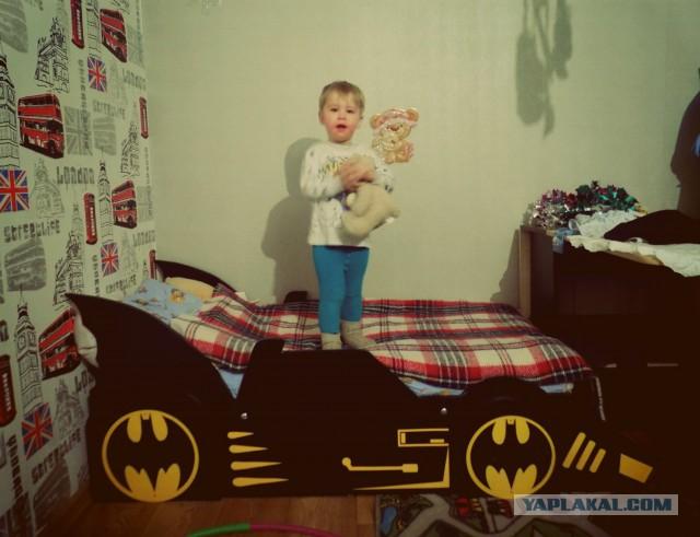 Кровать-бэтмобиль сыну