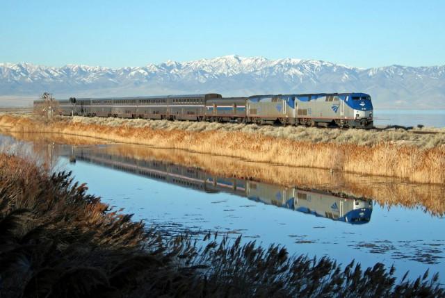 Через США спальным поездом