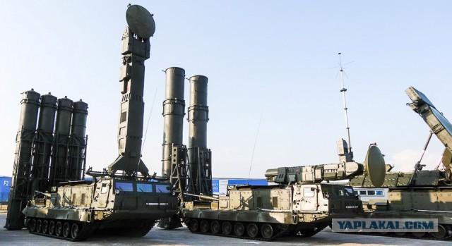 США считают, что Россия разместила в Сирии системы ПВО С-300ВМ.