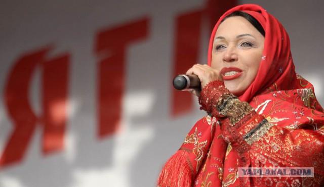 Мэра Омска попросили отменить концерт Надежды Бабкиной во избежание оттока молодежи из города